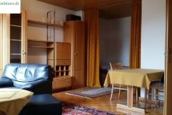 Komplett möblierte 1-Zimmer-Wohnung mit EBK in Schulnähe
