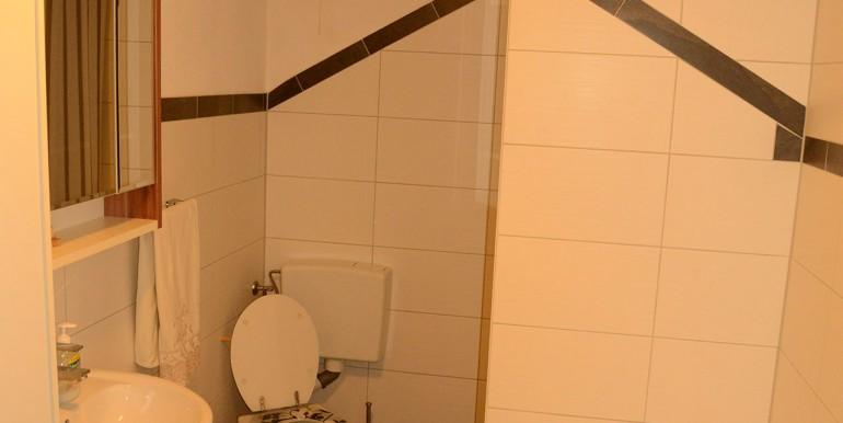 herrliche k che gepflegte 3 zimmer mit eingangsbereich. Black Bedroom Furniture Sets. Home Design Ideas