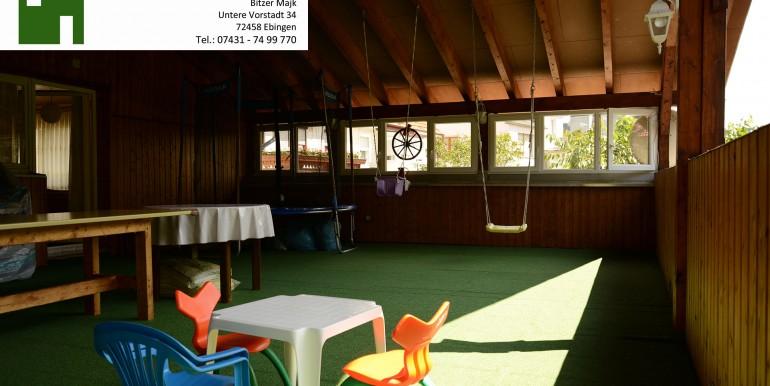 10 Überdachte Terrasse ca 70qm mit Küche und großem Trampolin wohnraumbitzer.de
