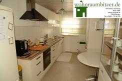 Herrliche Küche, gepflegte 3 Zimmer mit Eingangsbereich