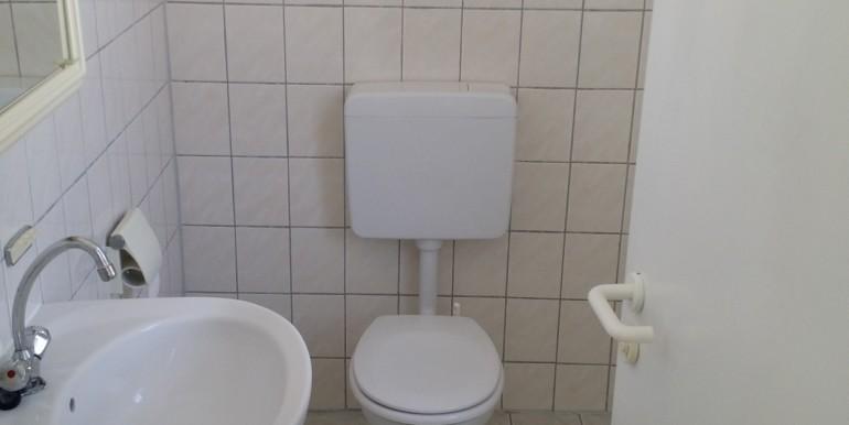 Toilette Büro gute Lage Ebingen