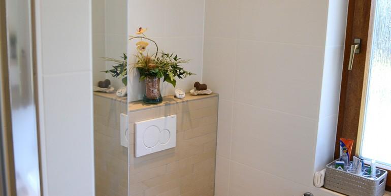 20 Badezimmer mit Tageslichtbad Onstmettingen