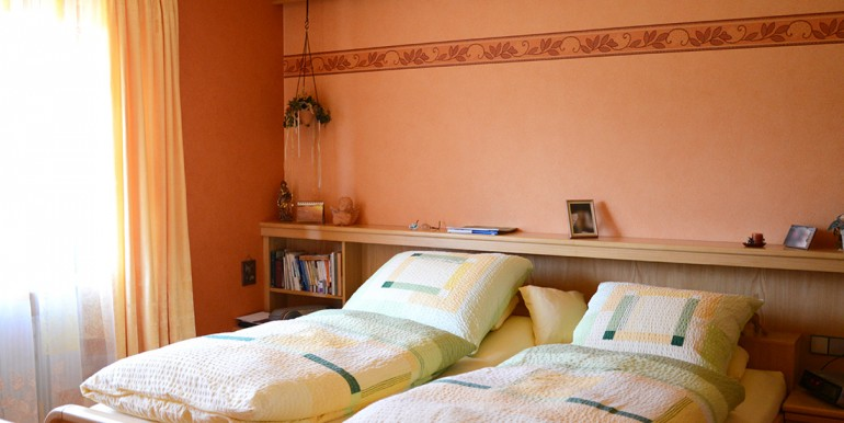 28 Schlafzimmer Onstmettingen