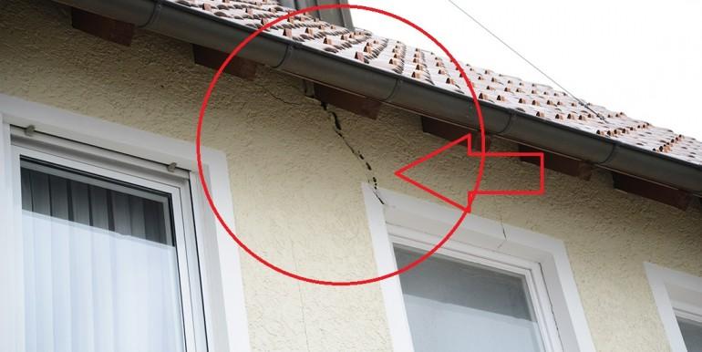 Schäden an der Fassade Schömberg 5