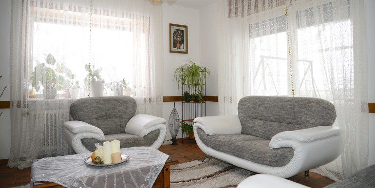 Wohnzimmer EG 2 Zweifamilienhaus Tailfingen zu verkaufen