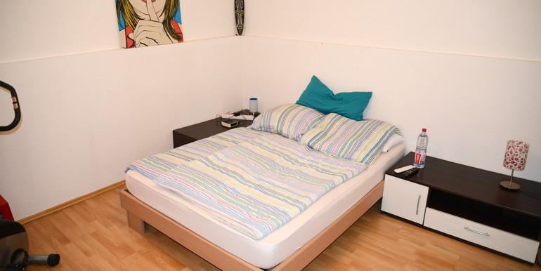 Drei Zimmer Wohnung Stadtmitte Schlafzimmer