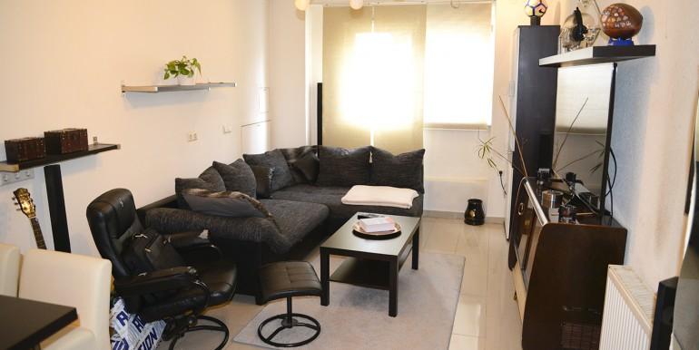 Drei Zimmer Wohnung Stadtmitte wohnzimmer