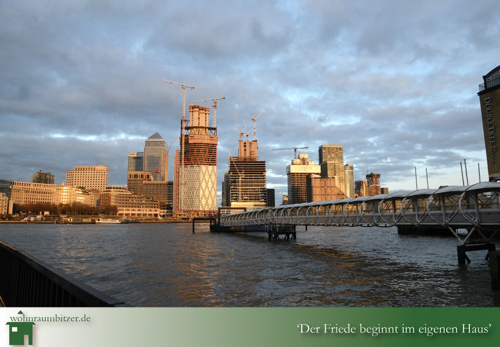 LONDON'S CANARY WHARF- THE ONE PARK DRIVE ESTATE2