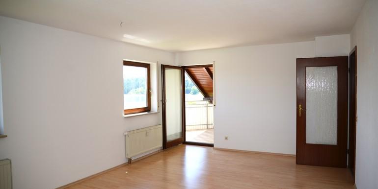 Vier Zimmer Wohnung Bitz zu verkaufen 3