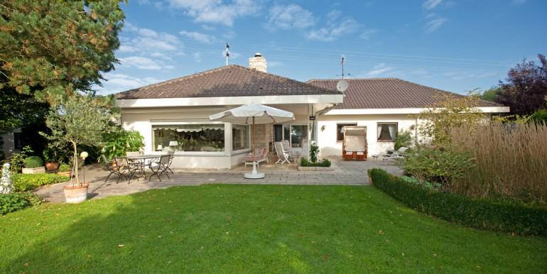 Villa mit Burgblick zu verkaufen 1