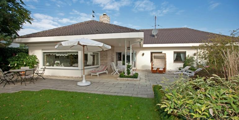 Villa mit Burgblick zu verkaufen
