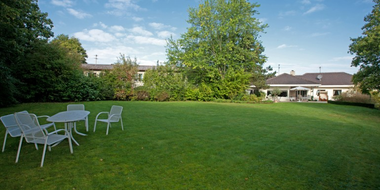 Villa mit Burgblick zu verkaufen 6