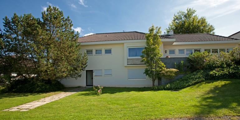 Villa mit Burgblick zu verkaufen 11