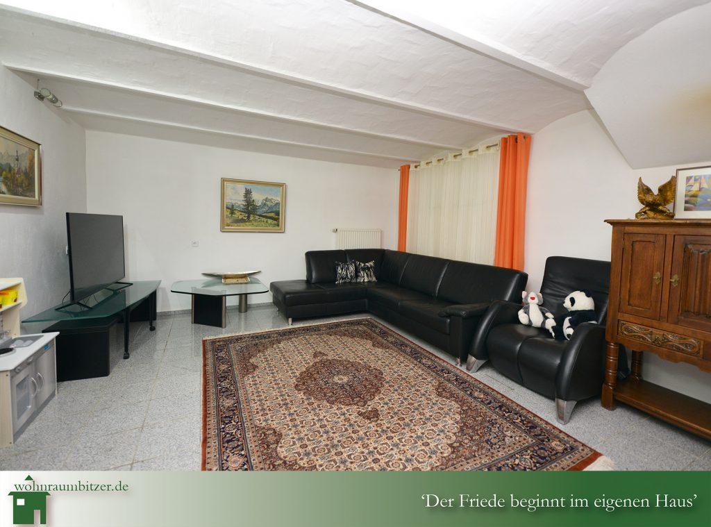 Wohnzimmer Untergeschoss, wohnraumbitzer.de Ihr Immobilienmakler